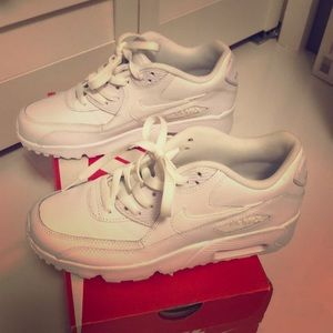 Nike Air Max 90 LTR white New Size 5Y WHITE
